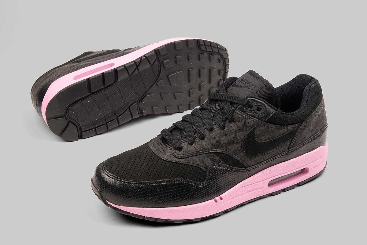 buy popular aec38 00999 ... NIKE AIR MAX 1 - Frixshun ...