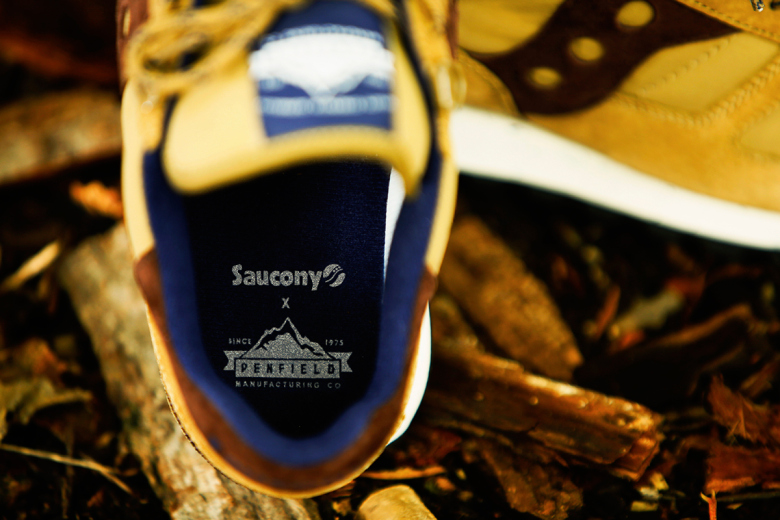 penfield-x-saucony-2014-holiday-60-40-pack-image-2