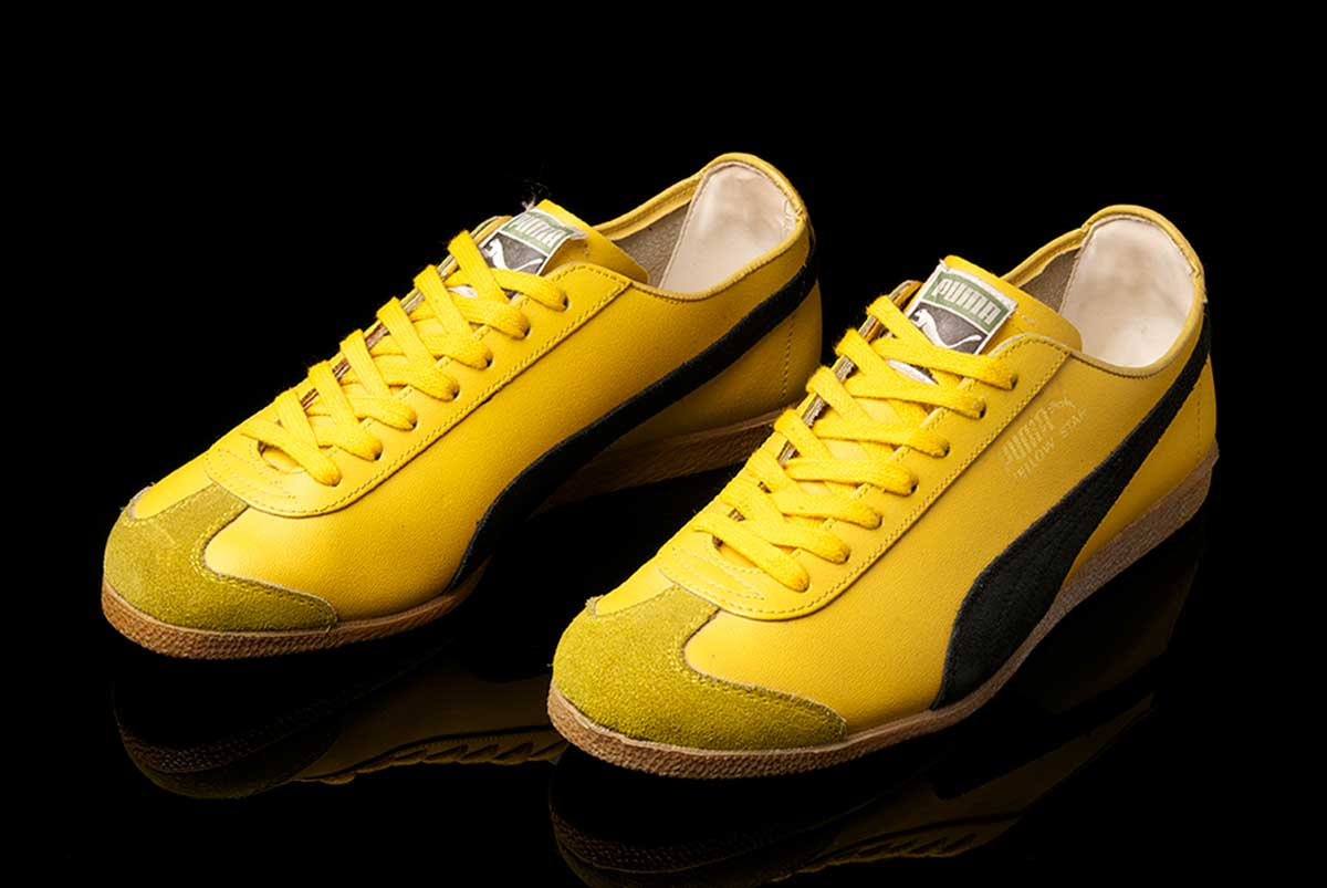puma yellow star