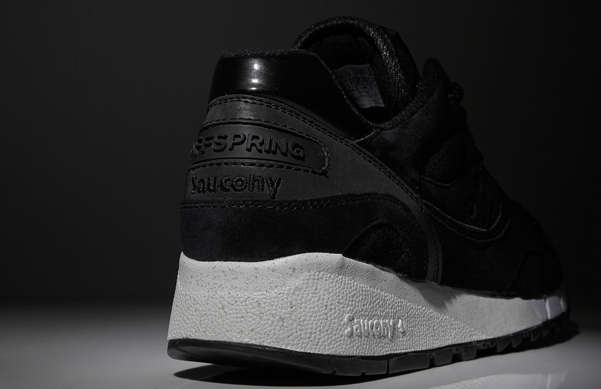 saucony-x-offspring-stealth-image-1