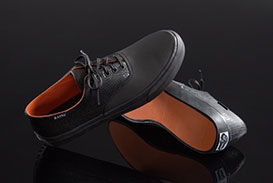 sperry-x-rains-collaboration-image-4-preview