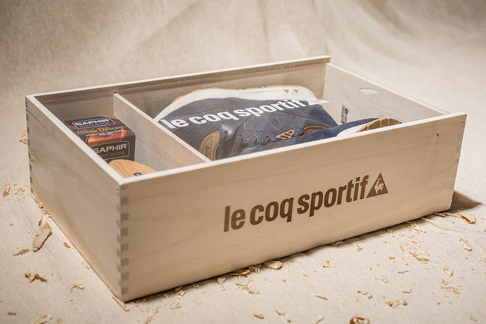 "Le Coq Sportif x Footpatrol – R800 ""Artisan"""