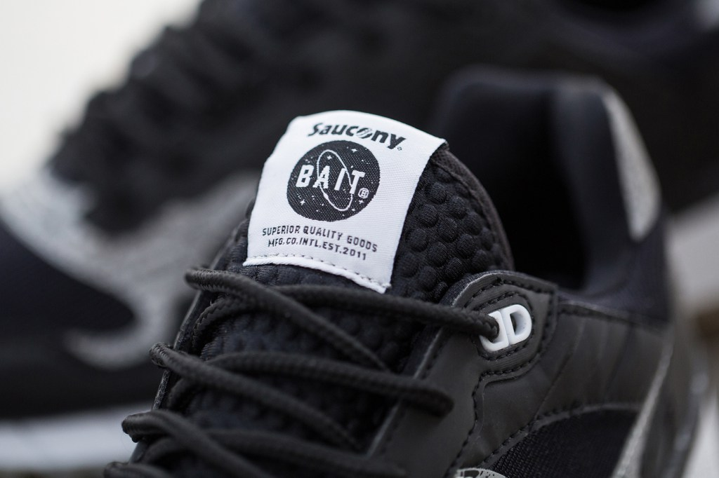 "Saucony x BAIT - Shadow 5500 ""Giant Leaps"""