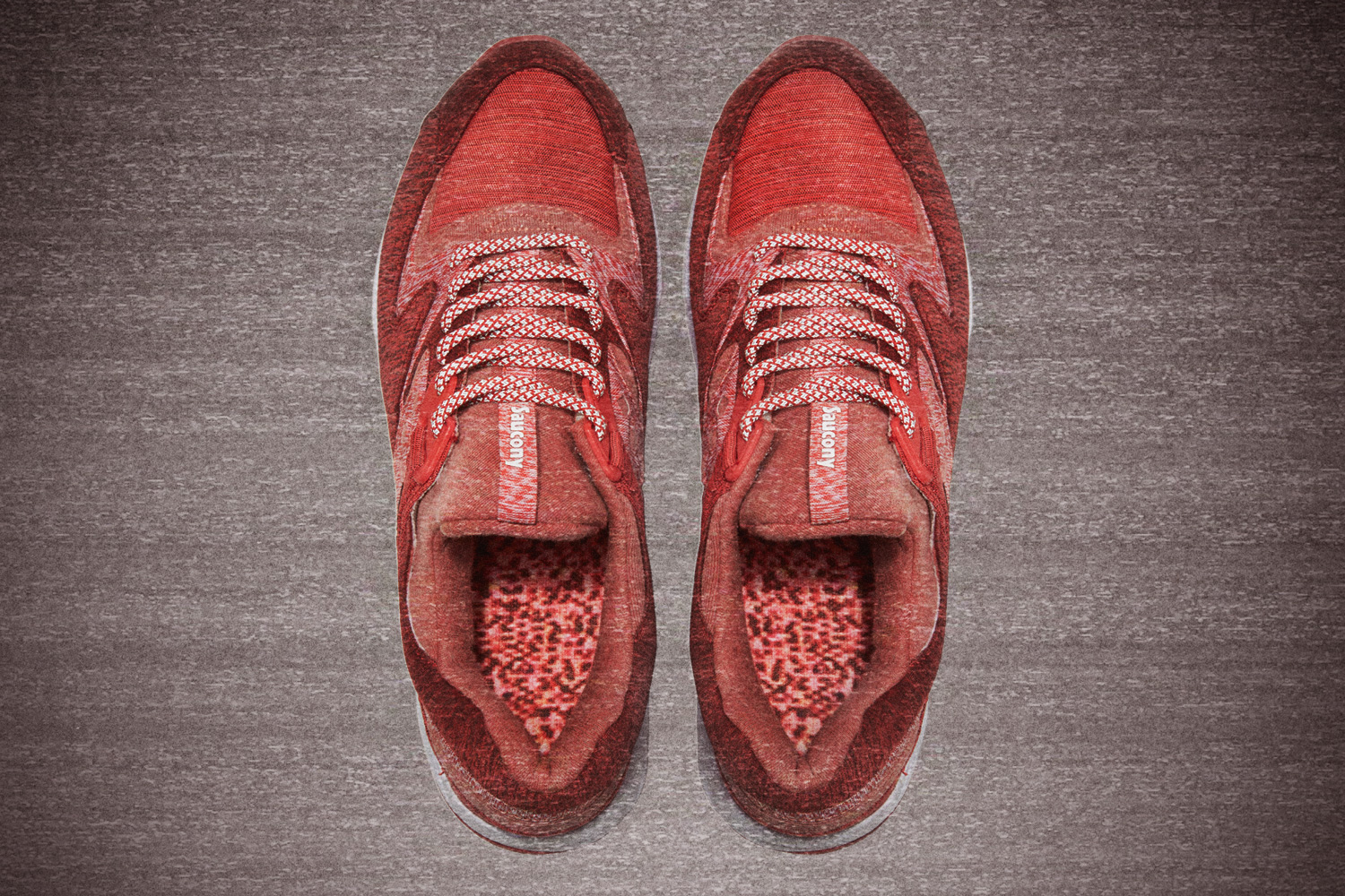 """Saucony x END. Grid 9000 """"Red Noise"""""""